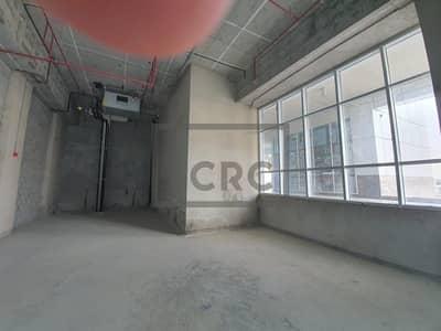 محل تجاري  للايجار في الخليج التجاري، دبي - Retail   Double Height for Mezzanine Floor