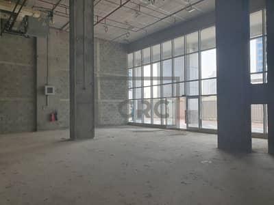 محل تجاري  للايجار في الخليج التجاري، دبي - Retail   Double Height Ceiling   Shell & Core