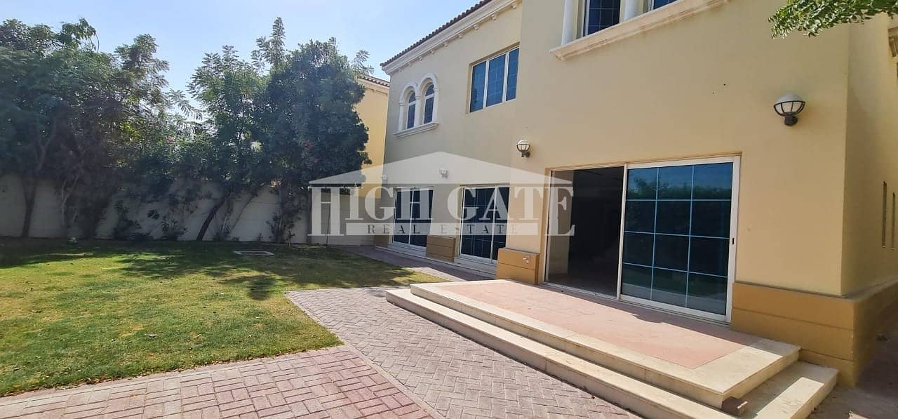2 Must View ! 4 Bed Villa with Maid's room in Jumeirah Park