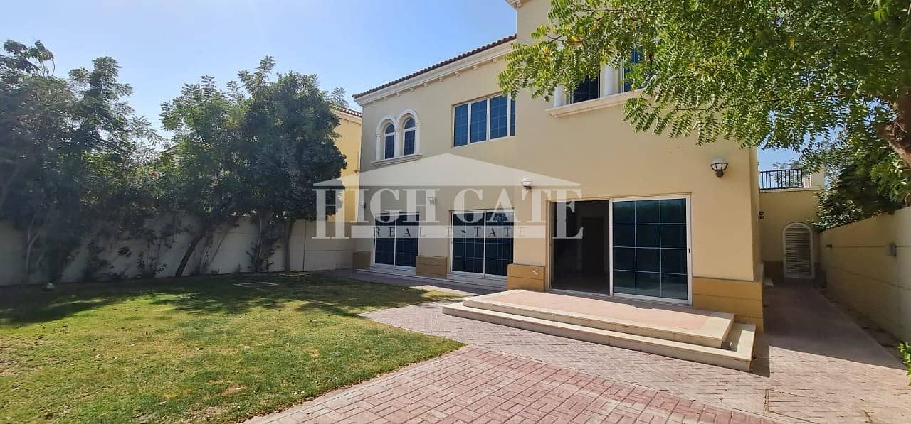 21 Must View ! 4 Bed Villa with Maid's room in Jumeirah Park