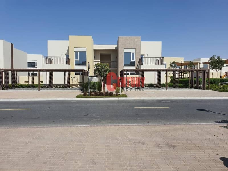 BRAND NEW 3 BR TOWNHOUSE IN EMAAR SOUTH
