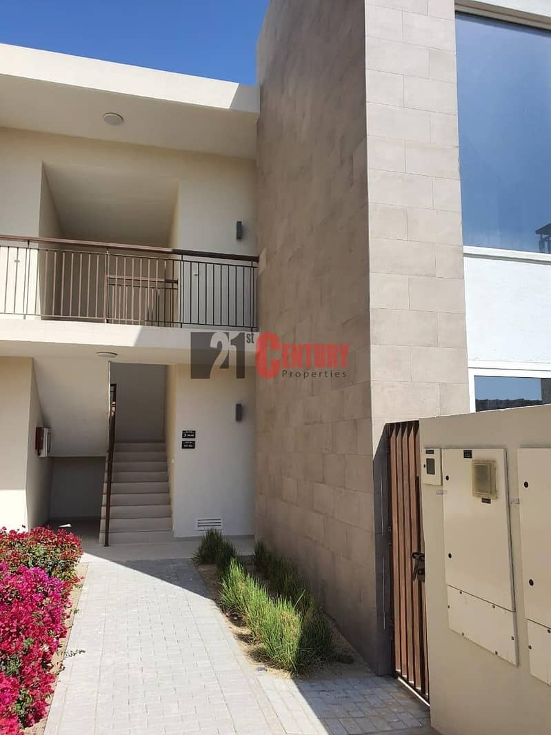 5 BRAND NEW 3 BR TOWNHOUSE IN EMAAR SOUTH