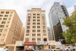 شقة في بناية المناف البرشاء 1 البرشاء 1 غرف 37000 درهم - 5026763
