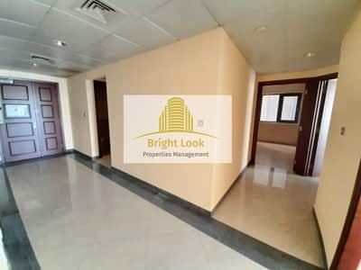 Cozy 3 BHK with  Full Facilities | 104,999/Year| 4 Payments| Hamdan Street