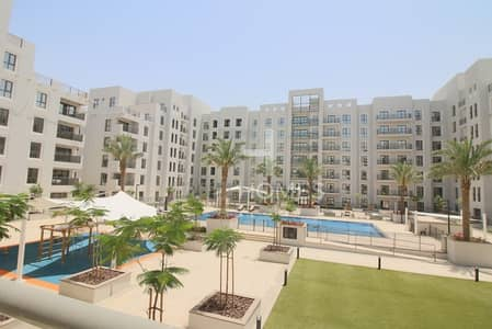 فلیٹ 2 غرفة نوم للايجار في تاون سكوير، دبي - Large layout   Low floor   Pool facing
