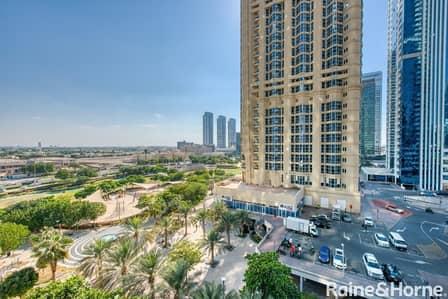 شقة 2 غرفة نوم للبيع في أبراج بحيرات الجميرا، دبي - Spacious | Bright and High Floor | Two Bed