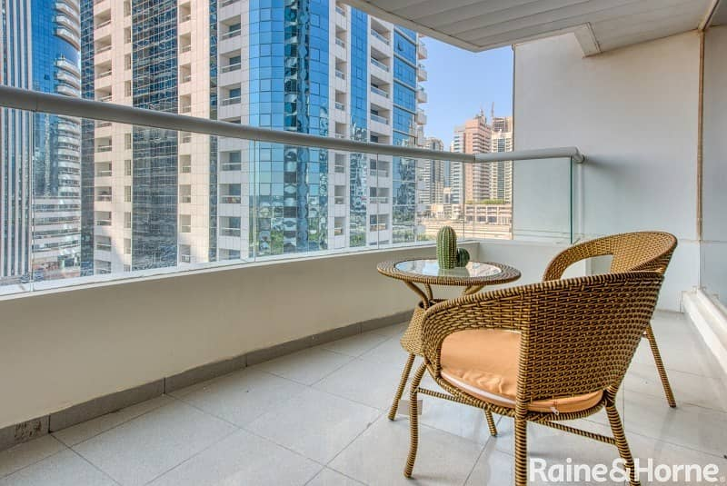 2 Spacious | Bright and High Floor | Two Bed