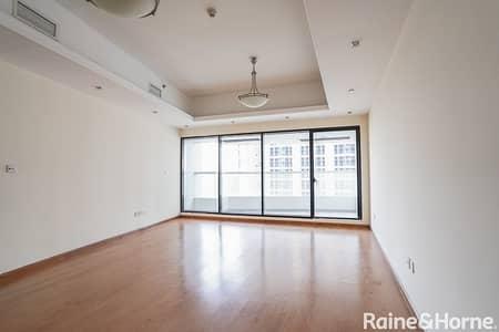 فلیٹ 3 غرف نوم للبيع في أبراج بحيرات الجميرا، دبي - Spacious 3 Bedrooms Apartment   Close to Metro
