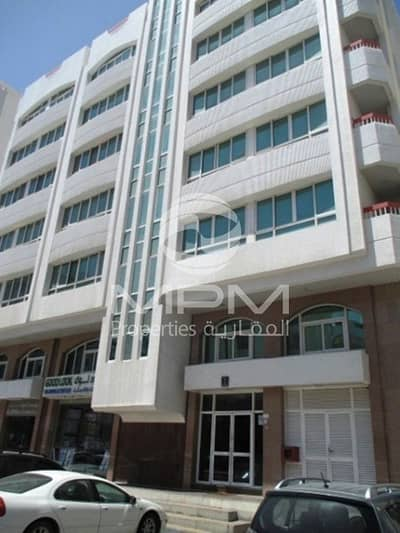 Office for Rent in Al Khalidiyah, Abu Dhabi - Fitted Space Office | Bath and Pantry
