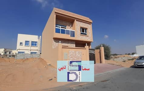 5 Bedroom Villa for Sale in Al Yasmeen, Ajman - chance !brand new furnished villa on the main road very good finishing.