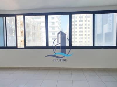 شقة 3 غرف نوم للايجار في منطقة النادي السياحي، أبوظبي - 1 Month Free | Attractive Price 3 BR Apartment with Maids Room and Balcony