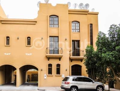شقة في منتزه خليفة الطريق الشرقي 1 غرف 53000 درهم - 5028604