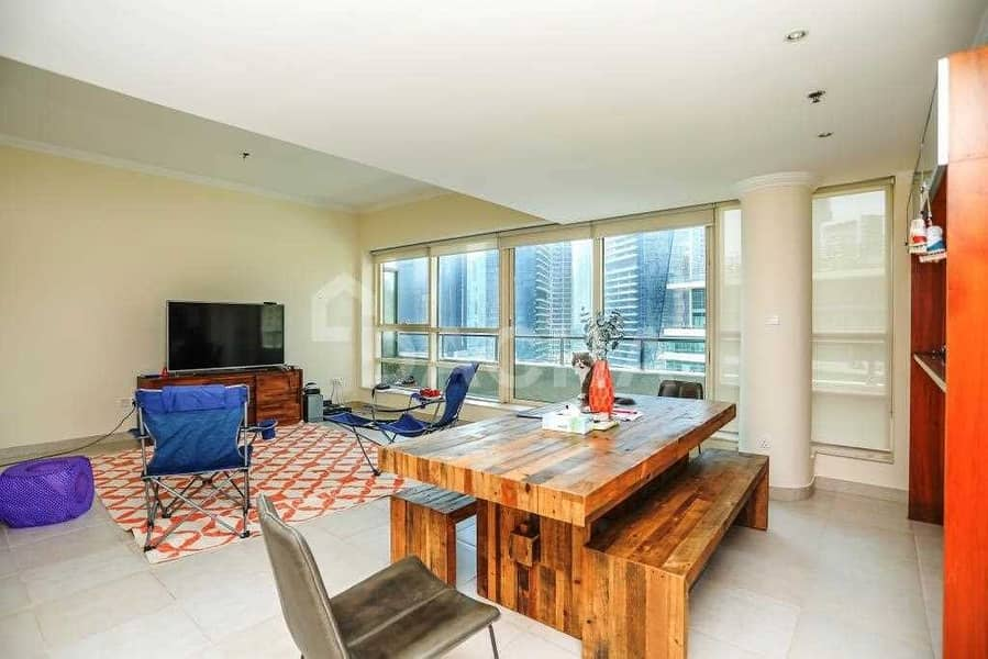 Excellent 2 Bed / Penthouse Marina View