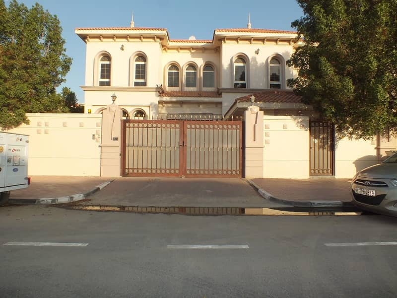 High Quality  property  independent 6bhk villa in safa 1 with P .garden  & S.pool rent is 250k