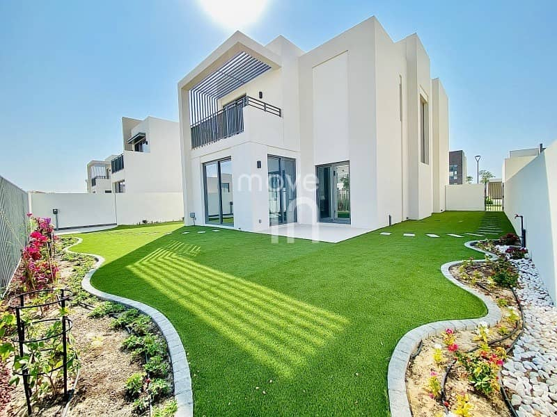 READY NOW | Stunning Villa | Fully Landscaped Garden