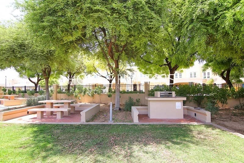 10 3 bedroom | Landscaped garden | Pergola | Al Reem