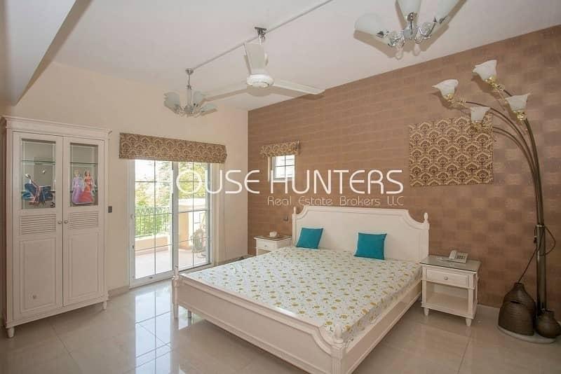 22 6 bedrooms + maids| Upgraded Kitchen |La Coleccion