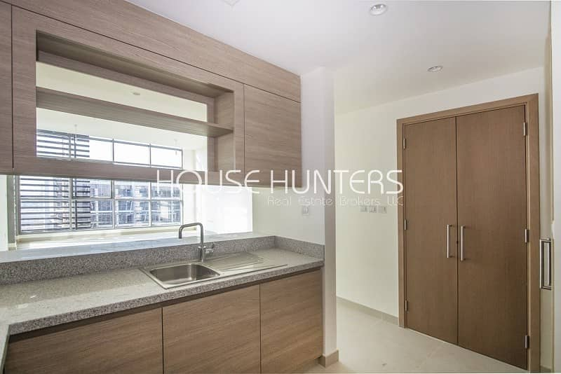 2 Largest Layout| High Floor| Boulevard View|Vacant!