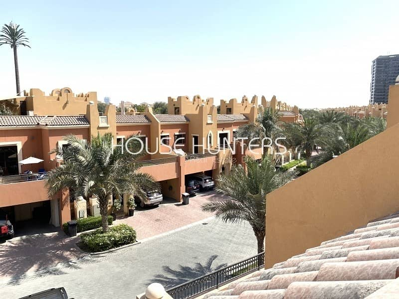 20 4 Bed|Modern Living|Appliances included|Gym onsite