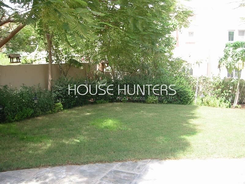 11 Perfect 3E | close to pool and lake | nice garden