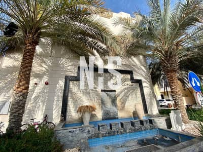 Luxurious Villa in Friendly Gated Community