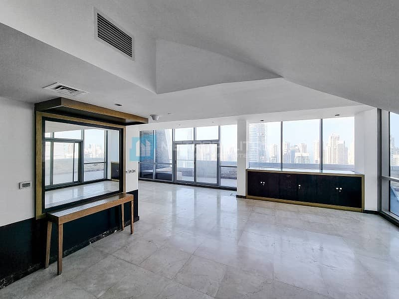 High Floor Penthouse I Stunning Views I Vacant Now