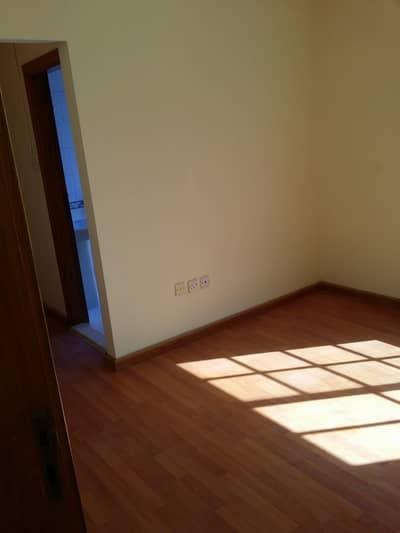 فيلا مجمع سكني 2 غرفة نوم للايجار في مردف، دبي - فيلا مجمع سكني في مردف 2 غرف 52000 درهم - 5029760
