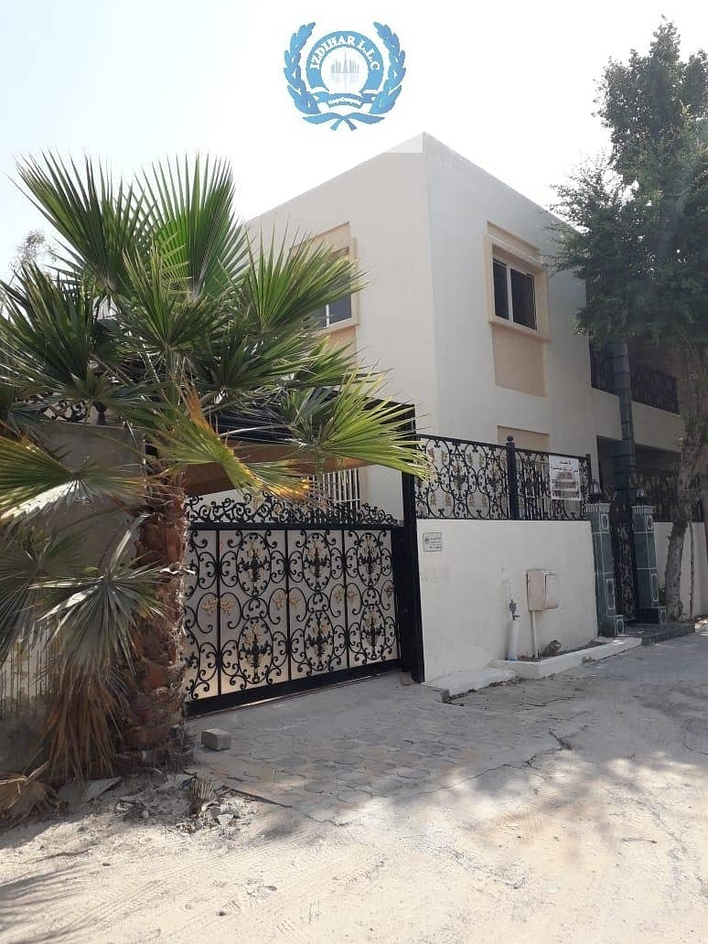 Slightly Used Beautiful Luxury Villa For Rent In Al Rifaah Sharjah wih Three Bed Roo Nice kitchen and Big outside Mulhak