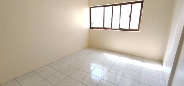 2 Bedroom Apartment for Rent in Bu Tina, Sharjah - WEEKLY OFFER  HUGE SIZE 2 BHK WITH BIG BALCONY IN JUST 19 K
