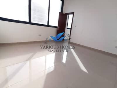 فلیٹ 1 غرفة نوم للايجار في الوحدة، أبوظبي - Nice 1BR APT W/Big Kitchen near Al Wahda Mall Airport Road 40-k 04-Payments