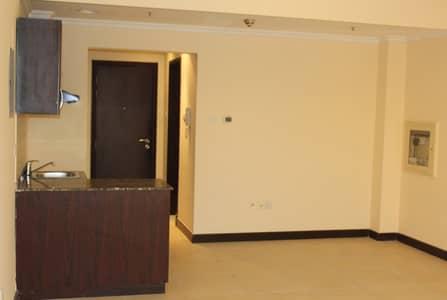 Studio for Rent in Dubai Investment Park (DIP), Dubai - Room