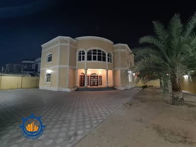 5 Bedroom Villa for Rent in Al Raqaib, Ajman - Villa for rent in al-Raqeb, a large area, and a very special location