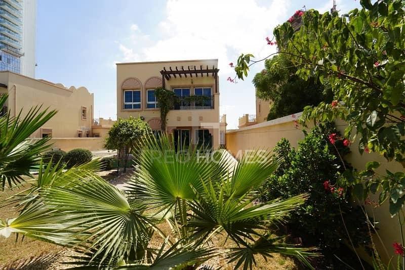18 Stunning Villa | 2 Beddroom | Spacious |