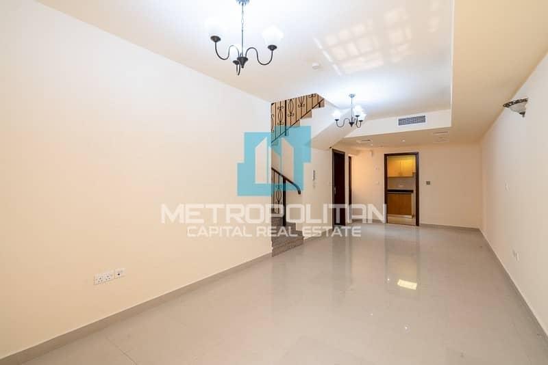 2 Hot Deal|Full Upgraded Corner Villa|Prime Location