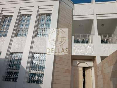 فیلا 5 غرف نوم للايجار في الكرامة، أبوظبي - Villa Abu Dhabi Al Karamah