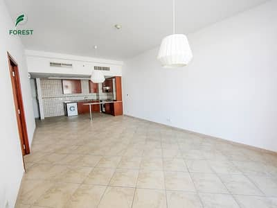 1 Bedroom Apartment for Sale in Motor City, Dubai - Huge Terrace| 1BR with Storage | Kitchen Equipped