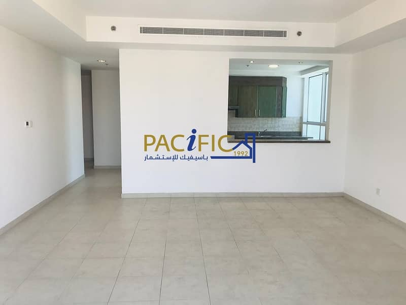 2 Chiller Free - Large 2Bedroom with Balcony