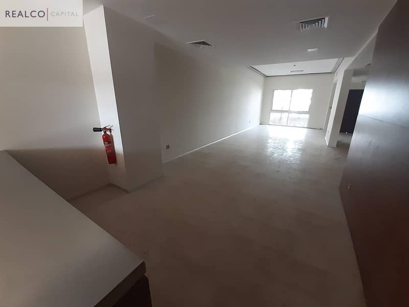 2 WOODEN FLOORING! 5BR+MAIDS TOWNHOUSE!