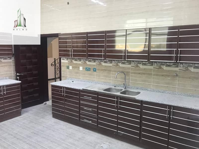 16 Private villa for rent  close to Exit tawtheq available