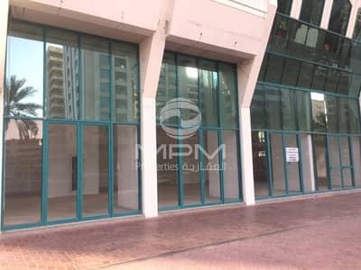 شقة 2 غرفة نوم للايجار في الخالدية، أبوظبي - Central AC |Spacious Rooms | 4 Chqs
