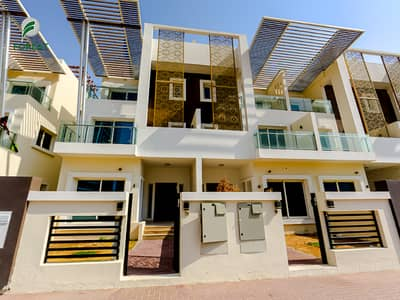 4 Bedroom Townhouse for Sale in Jumeirah Village Circle (JVC), Dubai - Luxury | 4 BR plus Maids | Unfurnished