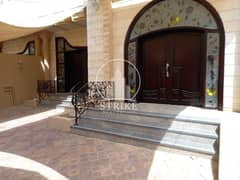 Renovated & Huge 5BD Villa with a balcony!