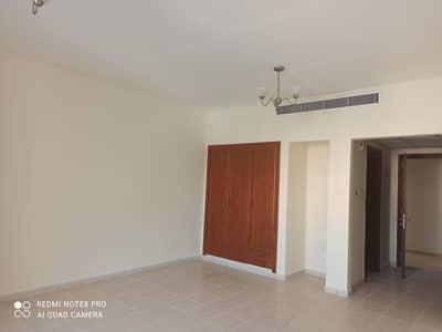 استوديو  للايجار في المدينة العالمية، دبي - شقة في الحي الفارسي المدينة العالمية 16000 درهم - 5032178