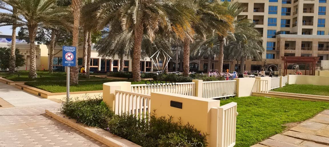 19 Stunning Full Sea View | 2 BR Apt | Palm Jumeirah