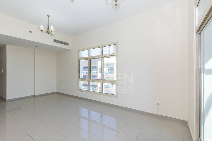 2 Bright and Spacious unit | 1 Month Free