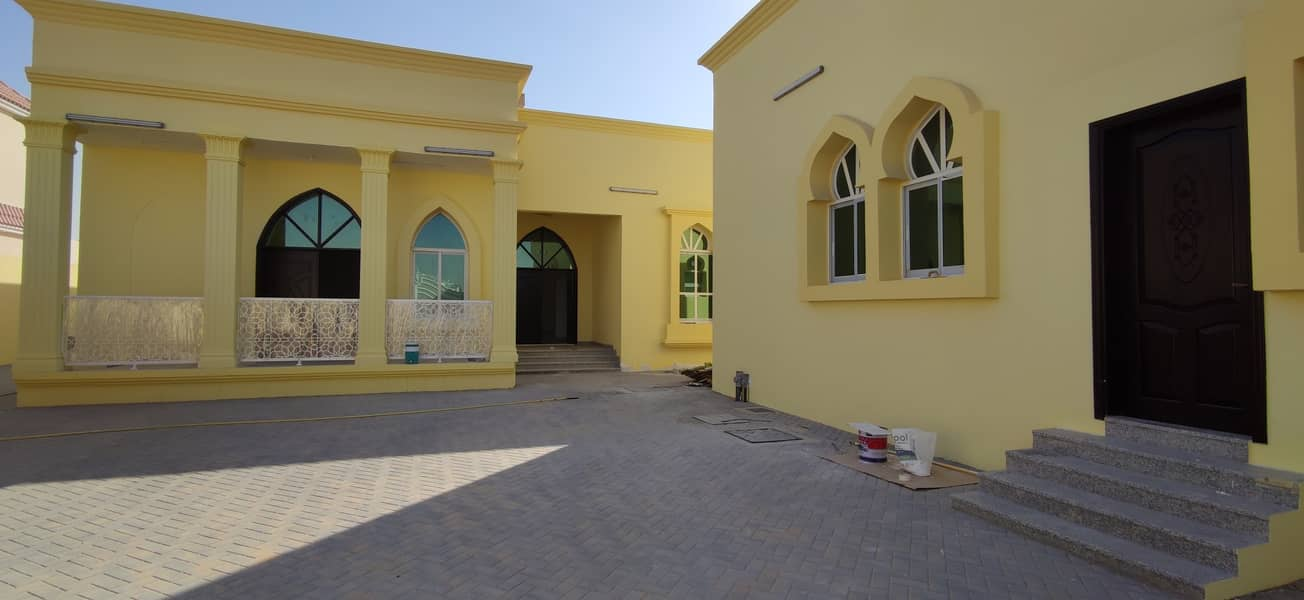 Brand New 6 Bedroom Villa For Rent at Al Shamkha South