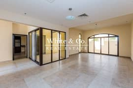 READY | SINGLE ROW | MIDDLE | LANDSCAPED GARDEN