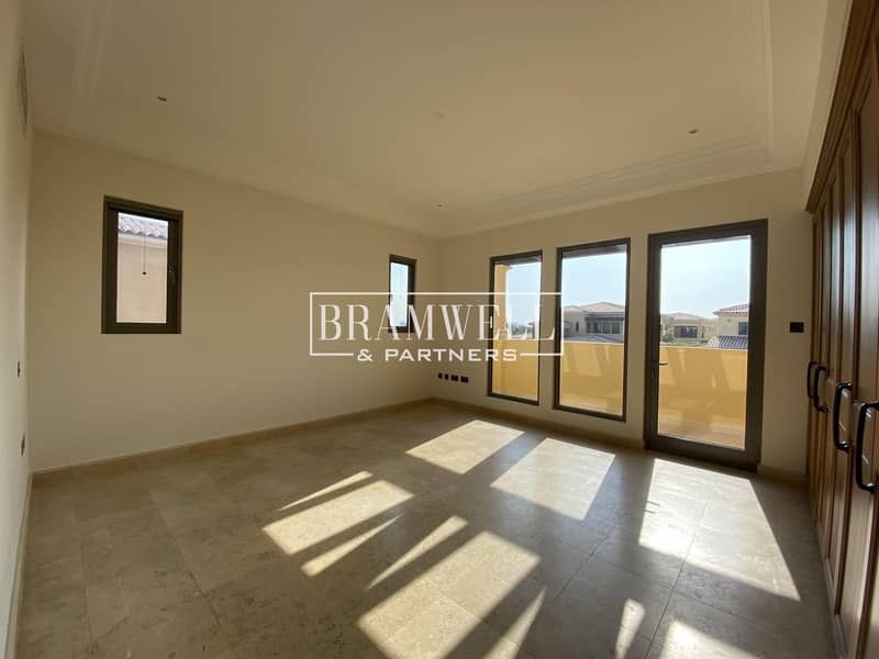 Modified 4 Bedroom Town House For Sale