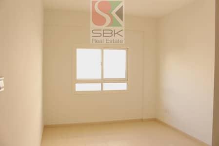 فلیٹ 2 غرفة نوم للايجار في ديرة، دبي - Spacious 2 bhk Available In Near Deira city Center