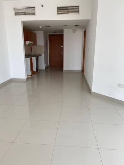 شقة 1 غرفة نوم للايجار في مدينة دبي للإنتاج، دبي - 1BHK FLAT IN LAKE SIDE TOWR ONLY 30K (NEGOTIABLE)